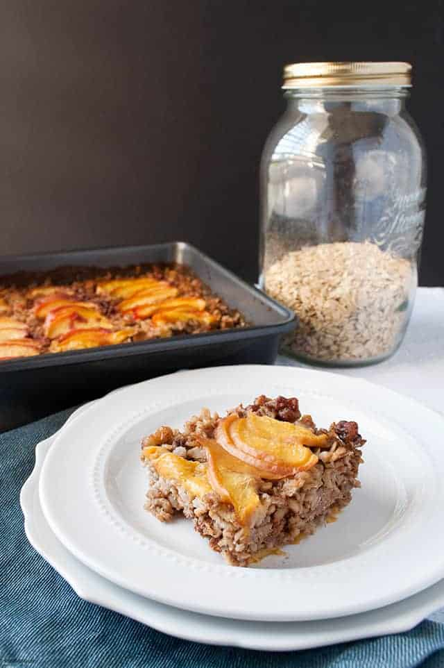 Keep your breakfasts on track for the week with summer Peach Baked Oatmeal, enhanced with collagen peptides. | Peach Baked Oatmeal from small-eats.com
