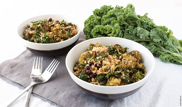 Keep your pantry stocked with a few essentials each week to whip up this quinoa salad and eat a nourishing meal, no matter what your day threw at you. | The Pantry Essentials Quinoa Salad from small-eats.com