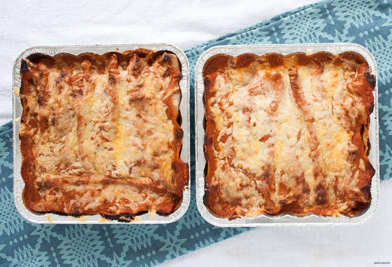 Help your future self out with hearty, freezer-friendly vegetarian enchiladas.   Vegetarian Freezer Enchiladas from small-eats.com